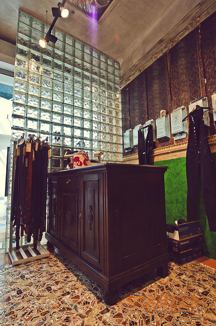 Kulttovary La Tienda De Ropa Stanzza Dise O De Interior  # Muebles Para Ropa